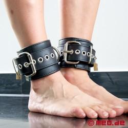 Manette per caviglie bondage in pelle - New York DeLuxe