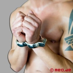 Irish Eight Handcuffs
