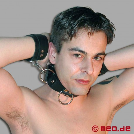 Heavy Rubber Wrist-to-Neck Restraint