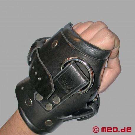 Attache-poignets rembourrées
