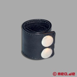 Double Thick Leather Ball Stretcher