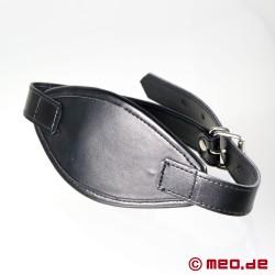 Schwarzer Ballknebel mit Mundmaske