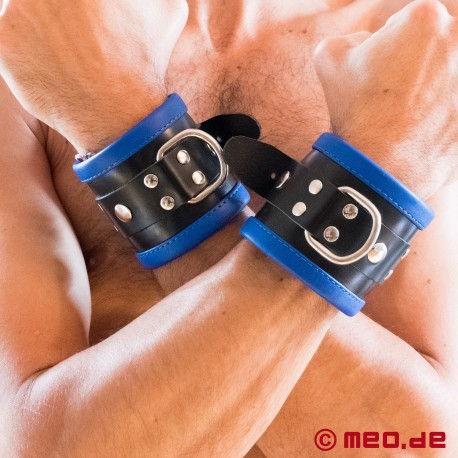 Schwarz / Blaue Bondage Handfesseln aus Leder
