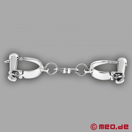 Darby Style Handcuffs