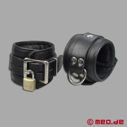 Lockable leather ankle cuffs with time lock