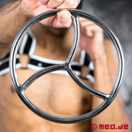 Shibari Bondage Ring aus Edelstahl mit Triskele
