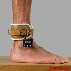 Manette per caviglie richiudibilie con lucchetto a tempo - tema psichiatria
