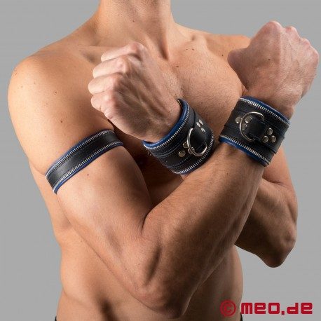 Code Z Leather Armband in black/blue