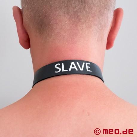 Halsband aus Leder mit Schriftzug
