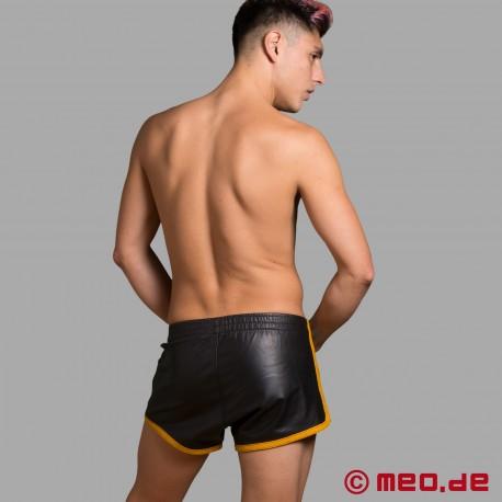 Pantaloncini da calcio in pelle - Fetish Edition MEO - con strisce a contrasto gialle