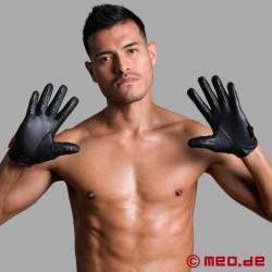 """SM-Handschuhe """"Slave-Pleasure"""" mit Spikes von Dr. Sado"""