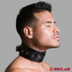 Lockable bondage collar with time lock
