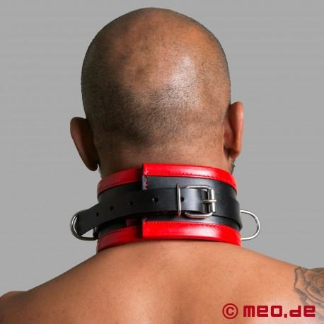 Collier de bondage noir / rouge en cuir