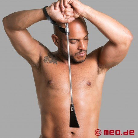 Luxurious riding crop from HURTME