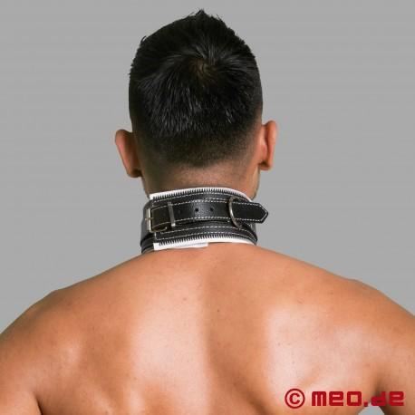 Collare di bondage in pelle nero e bianco