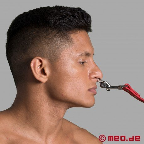 DeLuxe Nose Shackle
