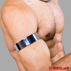 Stainless steel armband