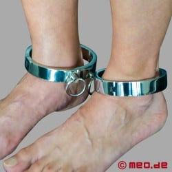 BDSM - Attaches en acier pour les chevilles
