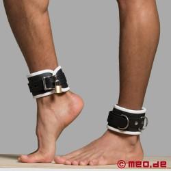 Fußfesseln aus Leder – schwarz/weiß – Amsterdam