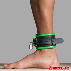 Fußfesseln aus Leder – schwarz/grün – Amsterdam