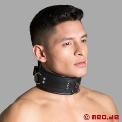 BDSM Halsband aus Leder mit Spikes und D-Ringen